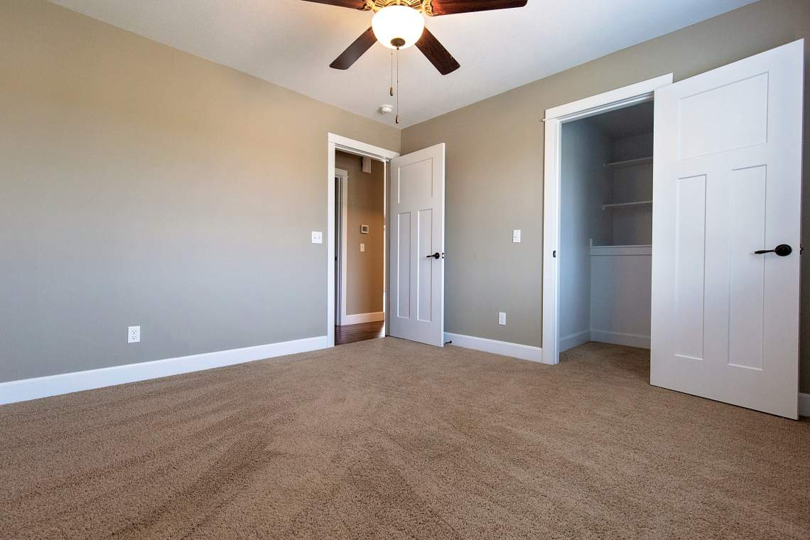 West-Lawrence-Home-for-Sale-17