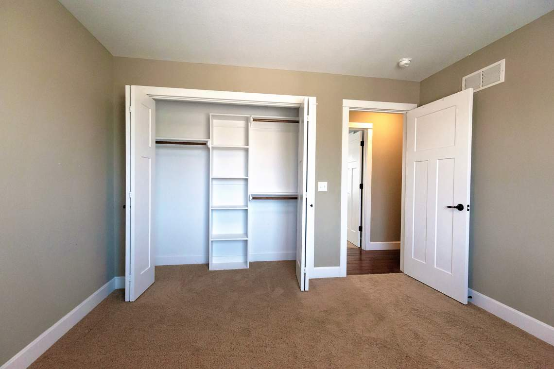 West-Lawrence-Home-for-Sale-21