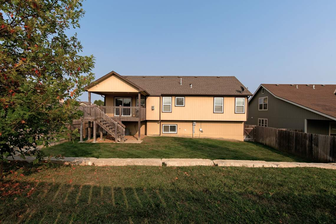 West-Lawrence-Home-for-Sale-32